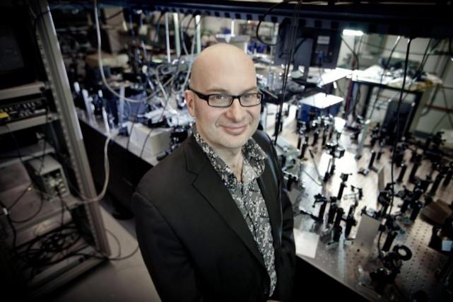 Roberto Morandotti, professeur au Centre énergie, matériaux et... (Photo fournie par Christian Fleury)
