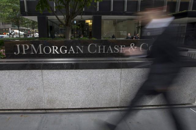 «Les crédits et dépôts (bancaires) continuent de croître»,... (REUTERS)
