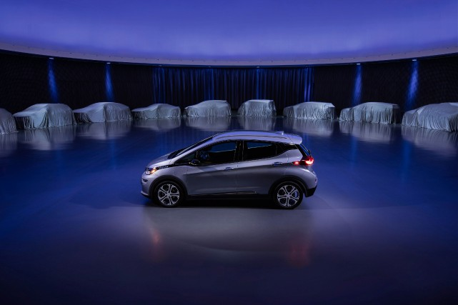La Chevrolet Bolt... (Photo fournie par GM)