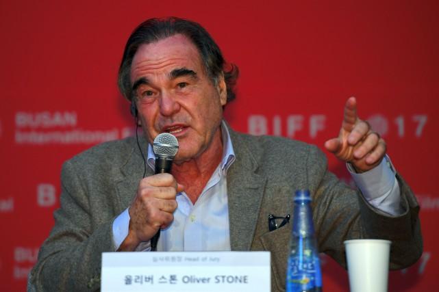 Pour le réalisateur Oliver Stone,les accusations à l'encontre... (AFP)