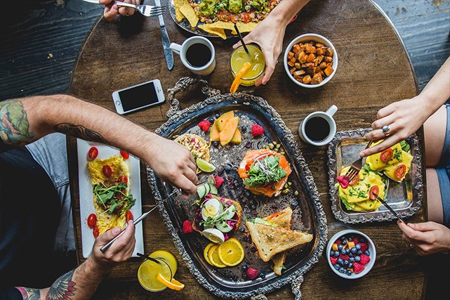Alex Bastide a huit restaurants (bientôt neuf), des menus foody...