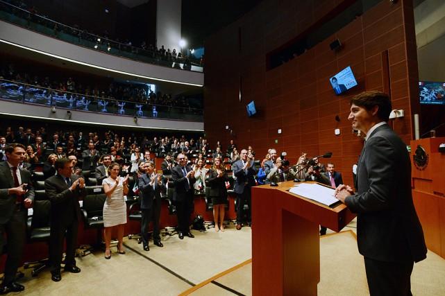 Dans un discours au Sénat mexicain,Justin Trudeau a... (PHOTO SEAN KILPATRICK, LA PRESSE CANADIENNE)