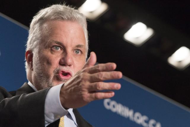 Le premier ministre Philippe Couillard... (Photo Paul Chiasson, La Presse canadienne)