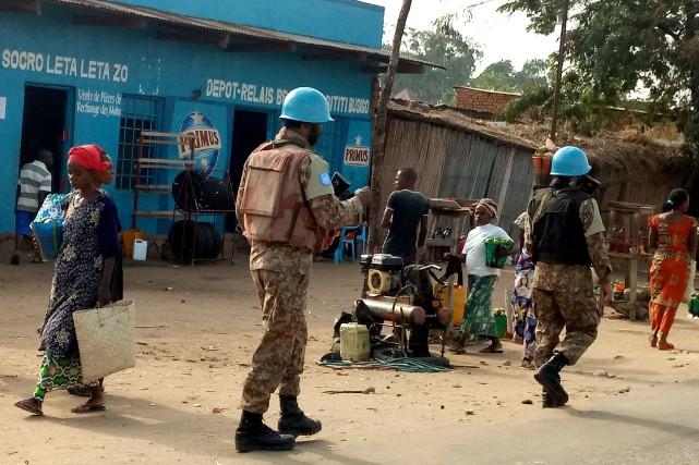 Une patrouille de Casques bleus est tombée sur... (Photo Crispin Kyala, REUTERS)