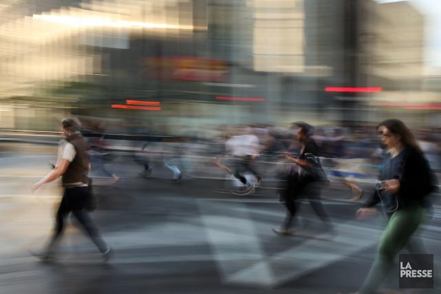 Pas moins de 56% des employés qui travaillent dans des bureaux au Canada... (PHOTO Martin Chamberland, LA PRESSE)
