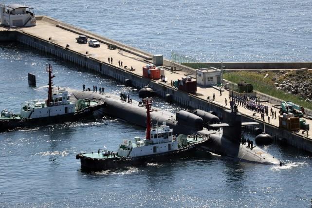 Le sous-marin nucléaireUSS Michiganest arrivé vendredi dans le... (Photo Agence France-Presse)