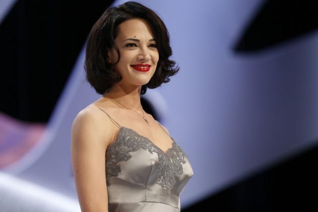 Asia Argento accuse désormais un réalisateur hollywoodien de... (PHOTO ARCHIVES AFP)