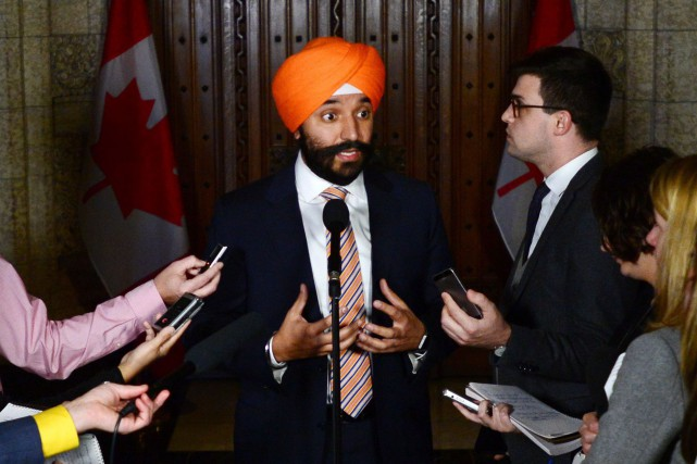 Le ministre fédéral de l'Innovation, Navdeep Bains.... (Photo Sean Kilpatrick, PC)