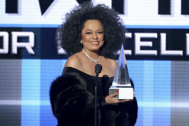 Diana Ross avait présenté le prix Dick Clark... (PHOTO ARCHIVES AP)