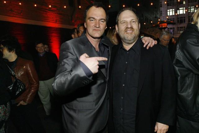 Quentin Tarantino et Harvey Weinstein lors d'une soirée... (ARCHIVES REUTERS)