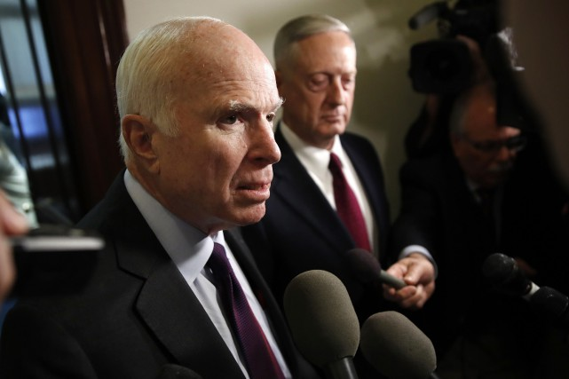 Le sénateur John McCaina été prisonnier de guerre... (Photo Jacquelyn Martin, AP)