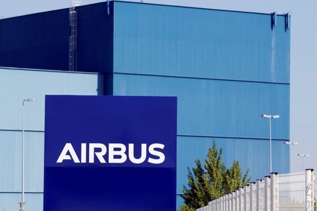 Le président d'Airbus Canada, SimonJacques, a appelé le... (PHOTO REGIS DUVIGNAU, ARCHIVES REUTERS)