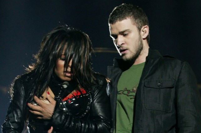 Janet Jackson et Justin Timberlake lors du spectacle... (PHOTO WIN MCNAMEE, ARCHIVES REUTERS)