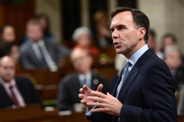 Le ministre fédéral des Finances Bill Morneau a... (PhotoSean Kilpatrick, La Presse canadienne)