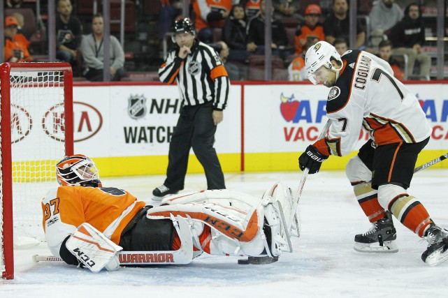 Ondrej Kase a enfilé deux buts et les Ducks d'Anaheim ont marqué trois buts en... (PHOTO AP)