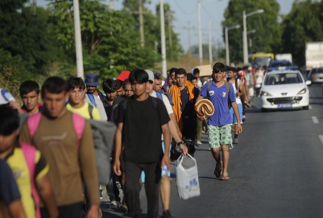 Le groupe de migrants avec lequel le suspect... (ARCHIVES AFP)