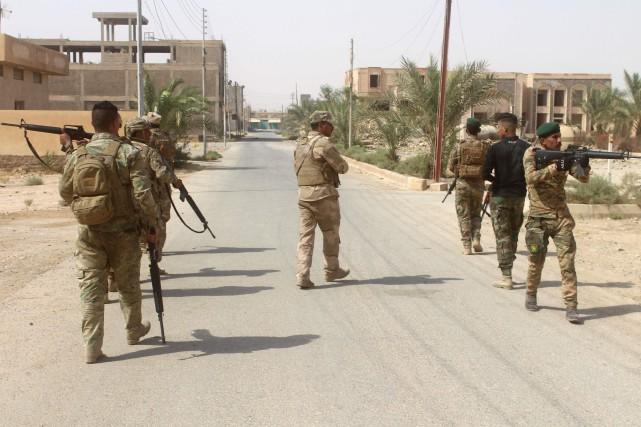 La bataille vise à étrangler les djihadistes dans... (Photo archives AFP)