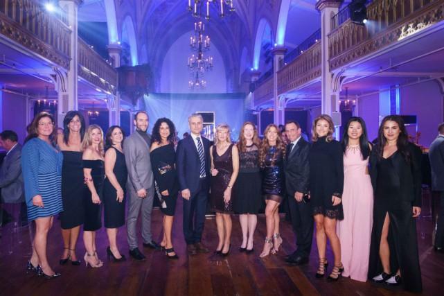 Le comité d'organisation de la soirée.... (Photo fournie par le Neuro)