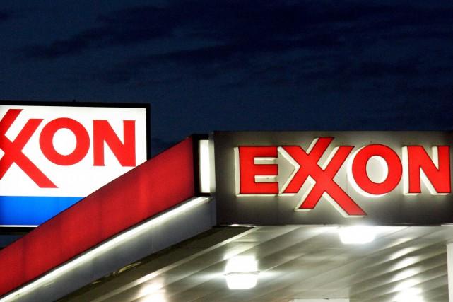 Le bénéfice net d'ExxonMobil a flambé de 49,8%... (photo KAREN BLEIER, archives AFP)