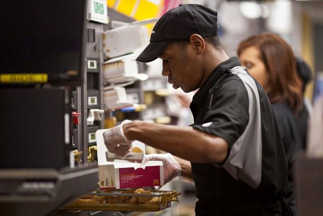 McDonald's assure qu'il ne va pas augmenter les... (PHOTO ARCHIVES BLOOMBERG)