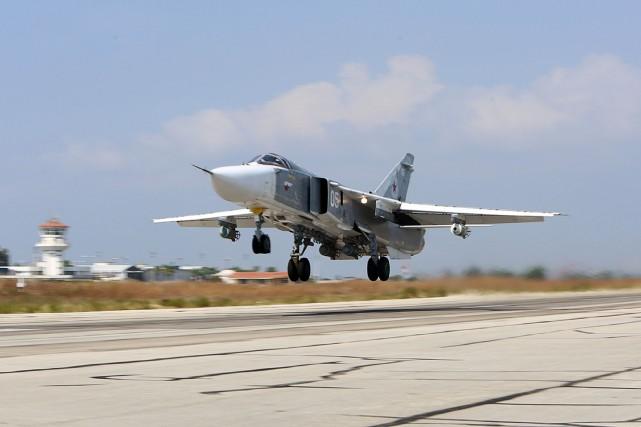Outre les constructeurs aéronautiques Sukhoï et Tupolev, la... (PHOTO ALEXANDER KOTS, ARCHIVES AGENCE FRANCE-PRESSE)