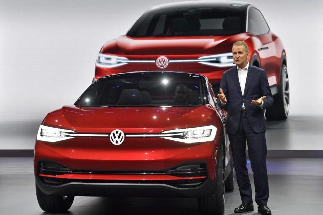 Herbert Diess, le patron de la marque Volkswagen,... (Photo : AP)