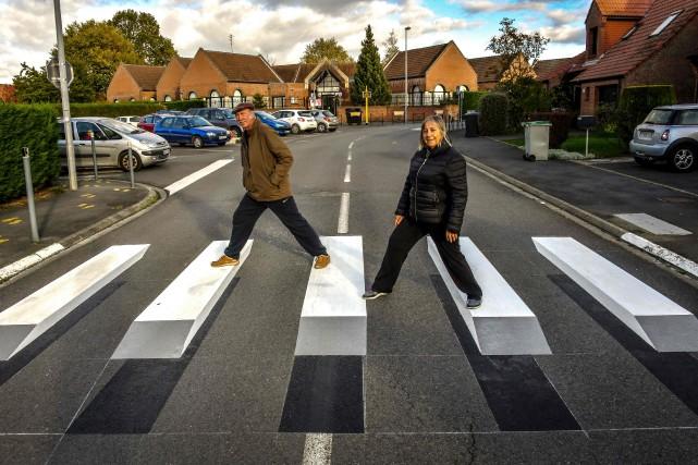 Un jeu de couleurs blanc, gris et noir,... (Photo Philippe HUGUEN, AFP)