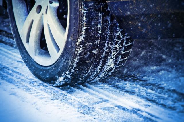 Choisir les bons pneus -Sur les routes enneigées... (Photo : Getty Images/iStockphoto)