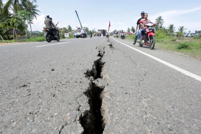 L'Indonésie chevauche la «ceinture de feu» du Pacifique... (REUTERS)
