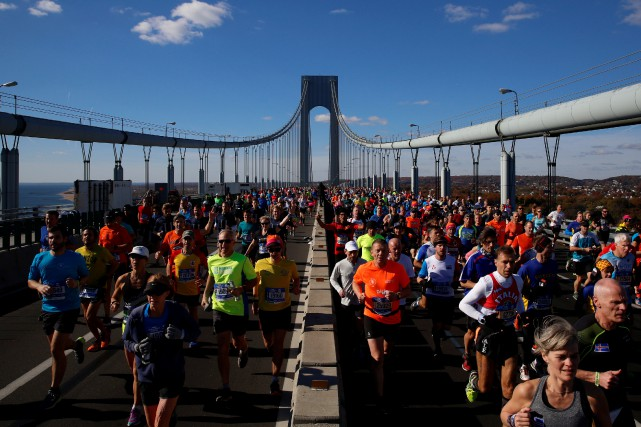Plus de 50 000 coureurs doivent participer au... (Photo Brendan McDermid, archives Reuters)