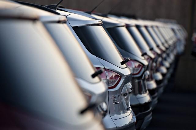 Les ventes canadiennes de véhicules automobiles sont en passe de franchir en... (Photo archives Bloomberg)