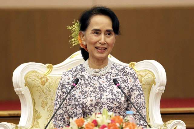 La dirigeante birmane Aung San Suu Kyi... (Photo Aung Shine Oo, archives AP)