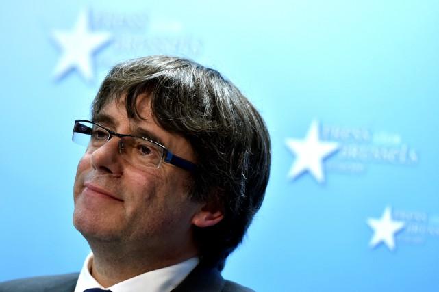 Carles Puigdemont... (PHOTO ARCHIVES REUTERS)