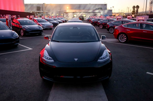 La future usine Tesla à Shanghai alimentera d'abord... (photo : REUTERS)