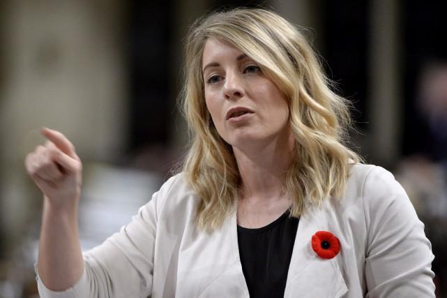 La ministre du Patrimoine canadien, Mélanie Joly... (PHOTO Mélanie Marquis, LA PRESSE CANADIENNE)