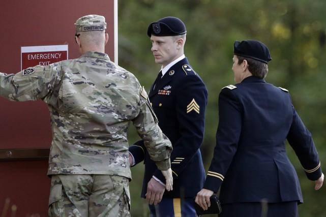 Un juge militaire de la base de Fort... (PHOTO GERRY BROOME, ASSOCIATED PRESS)