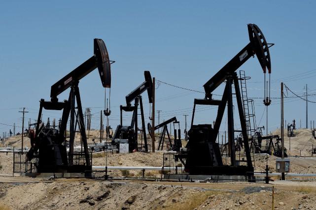 Le baril de light sweet crude (WTI) pour... (PHOTO MARK RALSTON, ARCHIVES AFP)