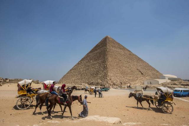 La cavité découverte dansla pyramide de Khéops est... (Photo archives AFP)