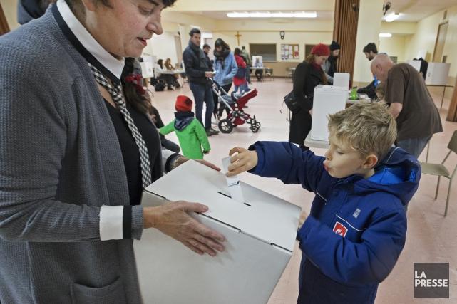Au total, 3103 électeurs en herbe se sont... (Photo Robert Skinner, La Presse)