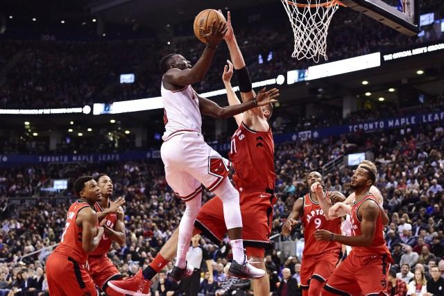 Jonas Valanciunas a fourni 21 points et 10 rebounds... (PHOTO Jonas Valanciunas, LA PRESSE CANADIENNE)