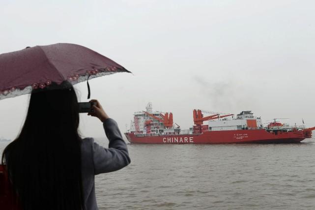 Les 334 membres d'équipage du Xuelong, un nom... (AFP)