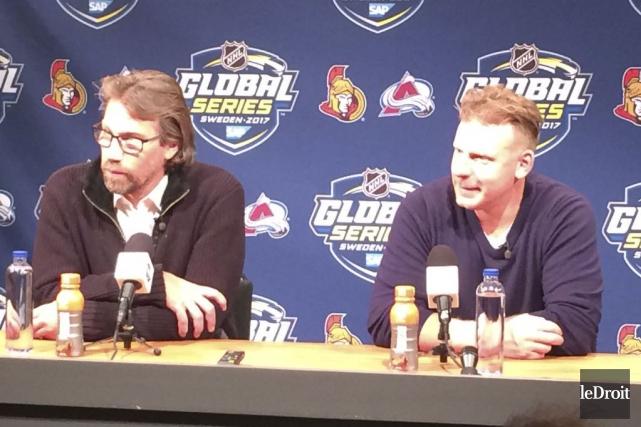 Les deux légendes du hockey suédois, Peter Forsberg... (Photo Marc Brassard, Le Droit)