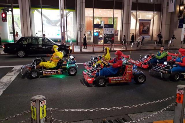 Les amateurs du jeu vidéo Mario Kart incarnent... (Photo Julie Roy, collaboration spéciale)