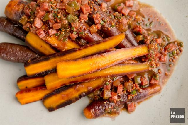 Avec son braisé de carottes, le chef Stelio... (Photo David Boily, La Presse)