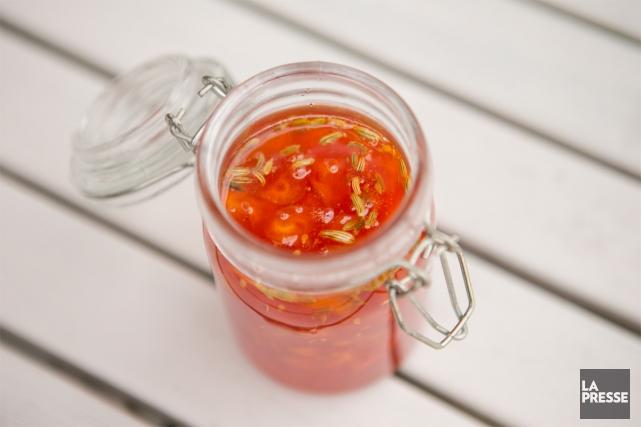 Une confiture de tomates cerises aux carottes et... (PHOTO DAVID BOILY, LA PRESSE)