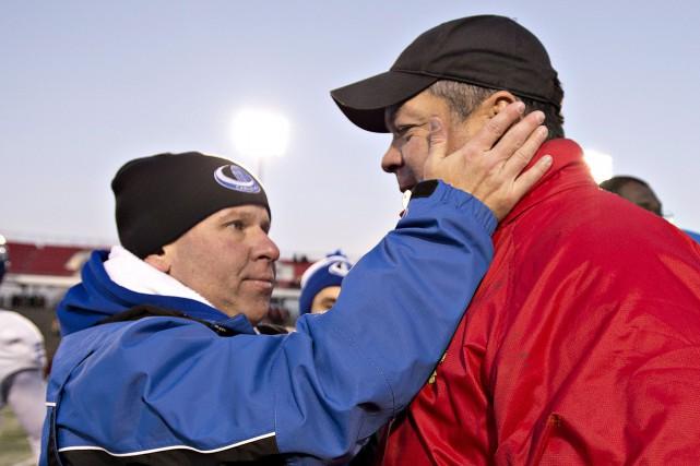 Les entraîneurs Danny Maciocia, et Glen Constantin se... (Phoot archives La Presse canadienne)