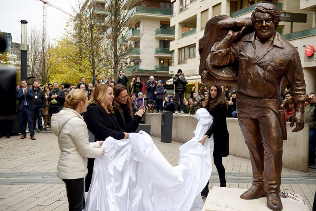 La statue de Bud Spencer, né Carlo Pedersoli,... (PHOTO ATTILA KISBENEDEK, AGENCE FRANCE-PRESSE)
