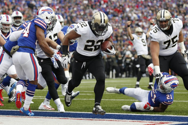 Trois touchés pour Mark Ingram (22).... (Photo Timothy T. Ludwig, USA TODAY Sports)