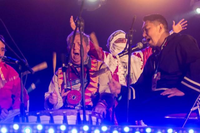 Les RedTail Spirit Singers, de Kanesatake, et le... (PhotoSarah Hickson, fournie par la photographe)
