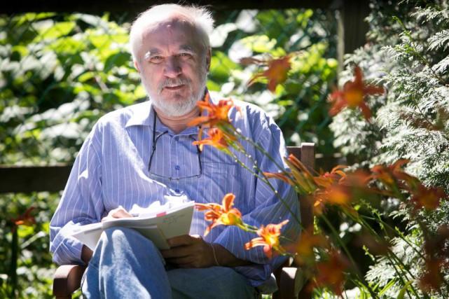 En plus de son métier d'éditeur, Robert Soulières... (Photo MARTIN LEBLANC, archives LA PRESSE)
